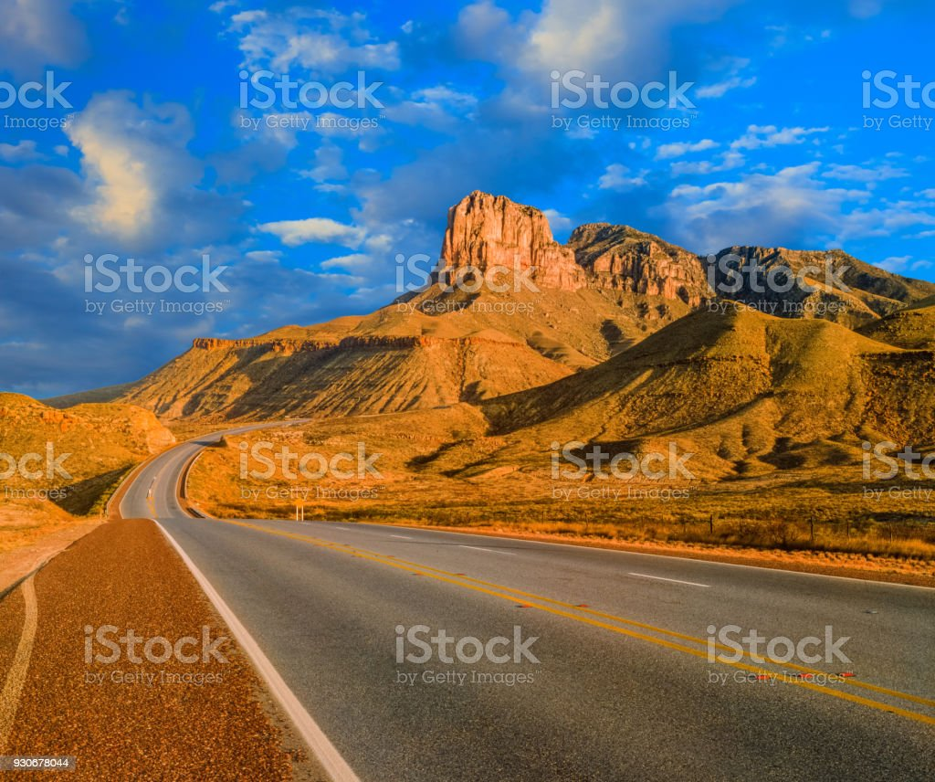 Landstraße in Guadalupe Mountains Nationalpark, Texas – Foto