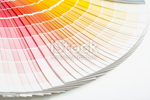 istock Open sample colors catalogue. 922666216