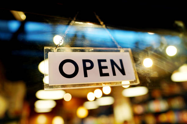open sign on cafe hang on door - open sign stock pictures, royalty-free photos & images