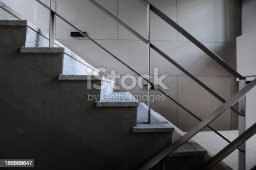 187200991 istock photo Open stairwell in a modern building 186868647