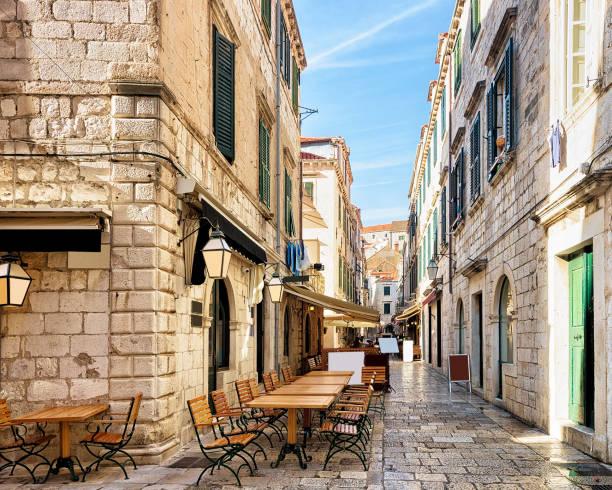 Open Street terrace restaurant in Dubrovnik Open Street terrace restaurant in the Old town of Dubrovnik, Croatia croatian culture stock pictures, royalty-free photos & images