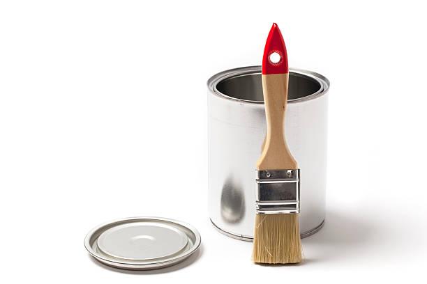 open tin paint can with a brush - zinn farbe stock-fotos und bilder