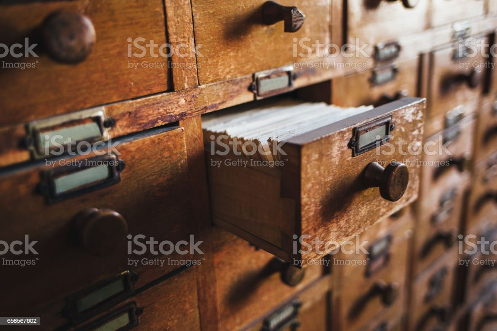 Open vintage file catalog box​​​ foto