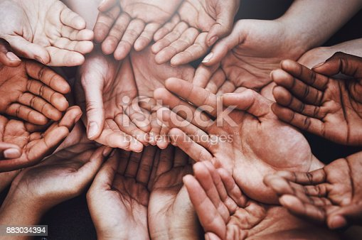 883034410 istock photo Open your heart to the open hands 883034394