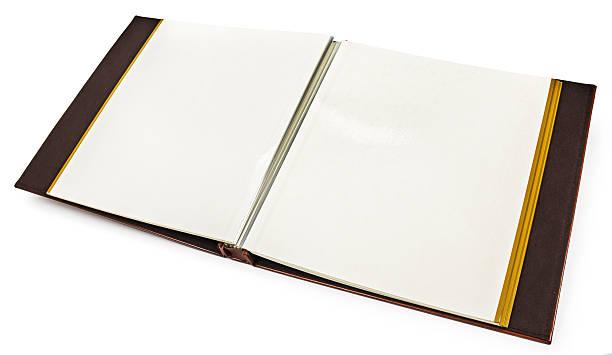 eröffnete buch mit leeren seiten auf weißem hintergrund - planner inserts stock-fotos und bilder
