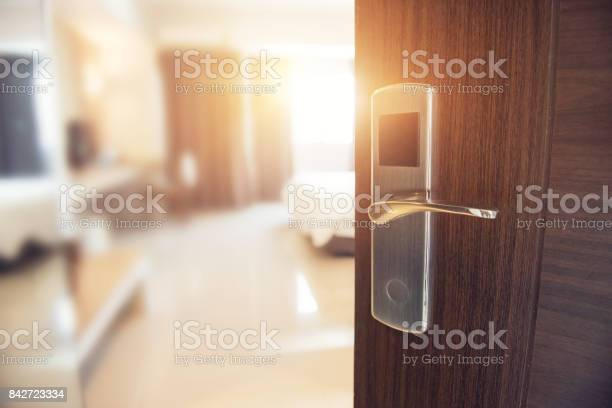 Opened door of hotel room in morning picture id842723334?b=1&k=6&m=842723334&s=612x612&h=p7hu dnho4cor0obkhbqbric1pfesb k7ovkble6xfq=