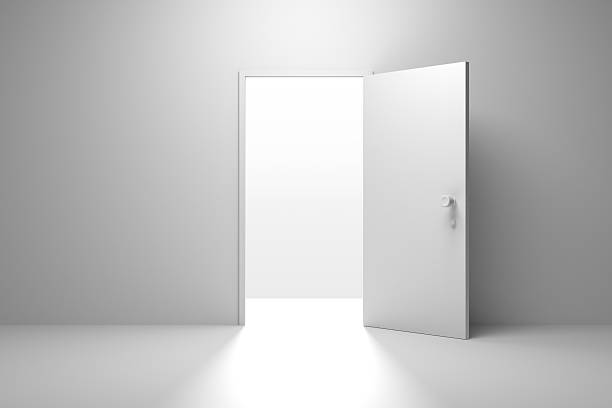 Opened Door, Successful Exit – Foto