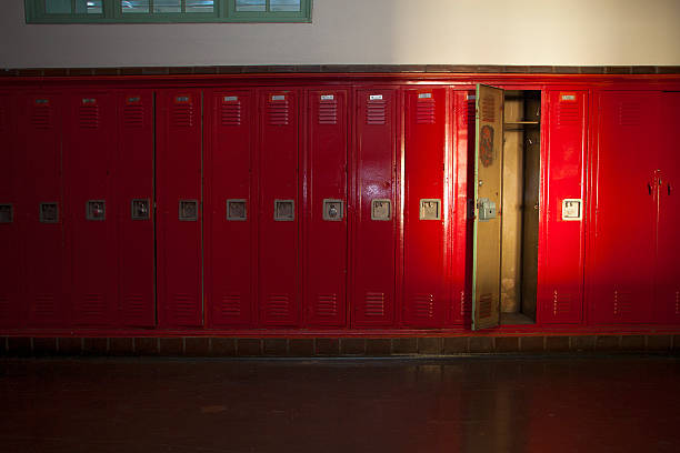 persuasive essay on school lockers Persuasive essay topics that are it allows readers to consider ideas as well as topics that may not otherwise receive attention outside of school persuasive.