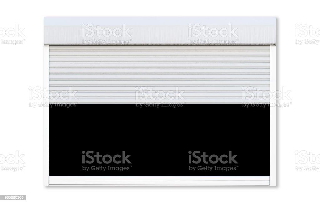 Witte roller shutter garage venster geïsoleerd op een witte achtergrond hebt geopend - Royalty-free Aluminium Stockfoto