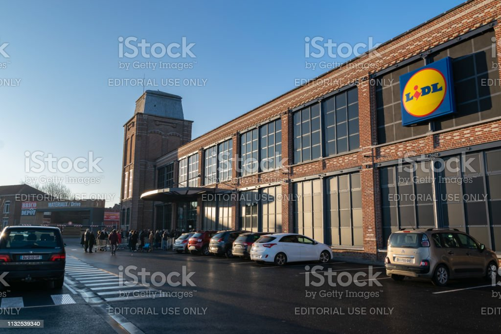 Opening Day Of A Large Lidl Supermarket Stock Photo