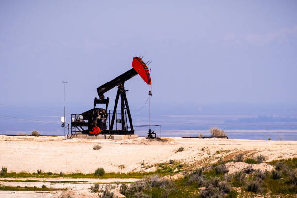 Operating oil well, Bakersfield, California stock photo
