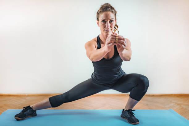 HIIT oder High Intensity Intervall Training drinnen – Foto
