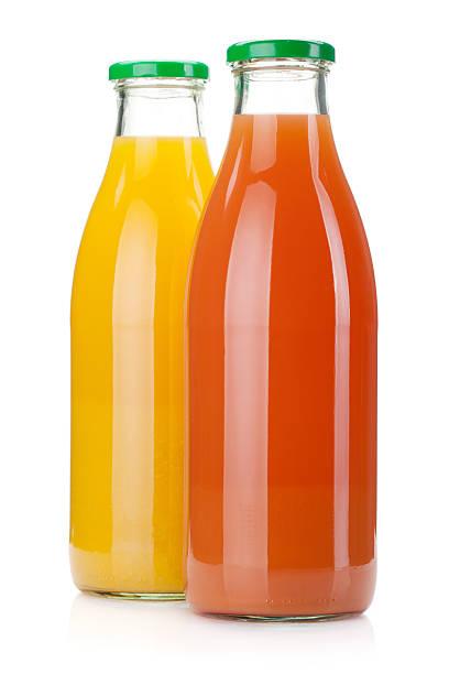 bottiglie di succo d'arancia e succo di pompelmo - fruit juice bottle isolated foto e immagini stock