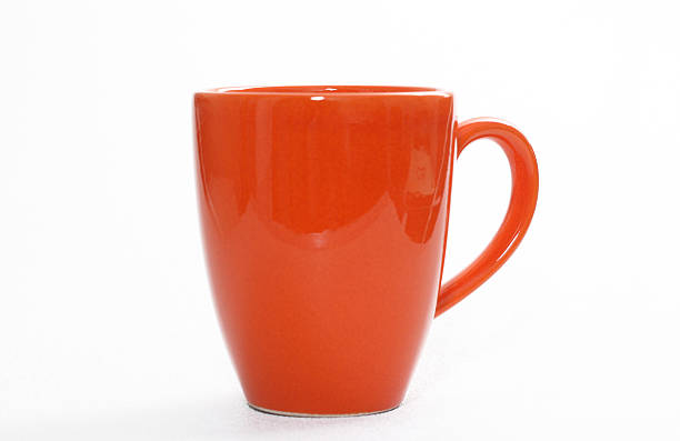 orange coffee cup on white background - closeup - 有耳杯 個照片及圖片檔