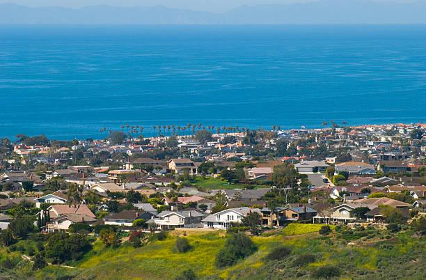 orange county befinden sich an der küste - süd kalifornien stock-fotos und bilder