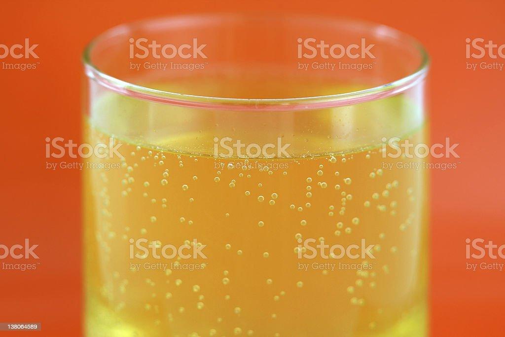 Orange aromatisierten calcium spritzigen tablet – Foto