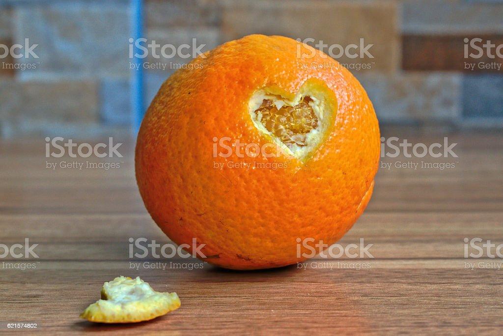 Orange cœur photo libre de droits