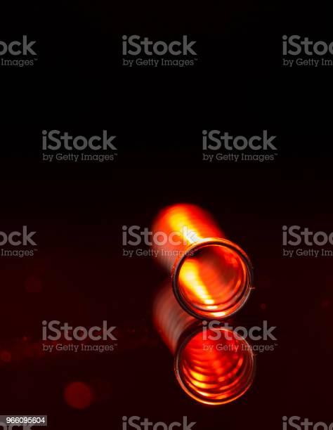 Orange Metall Penna Våren 3-foton och fler bilder på Abstrakt