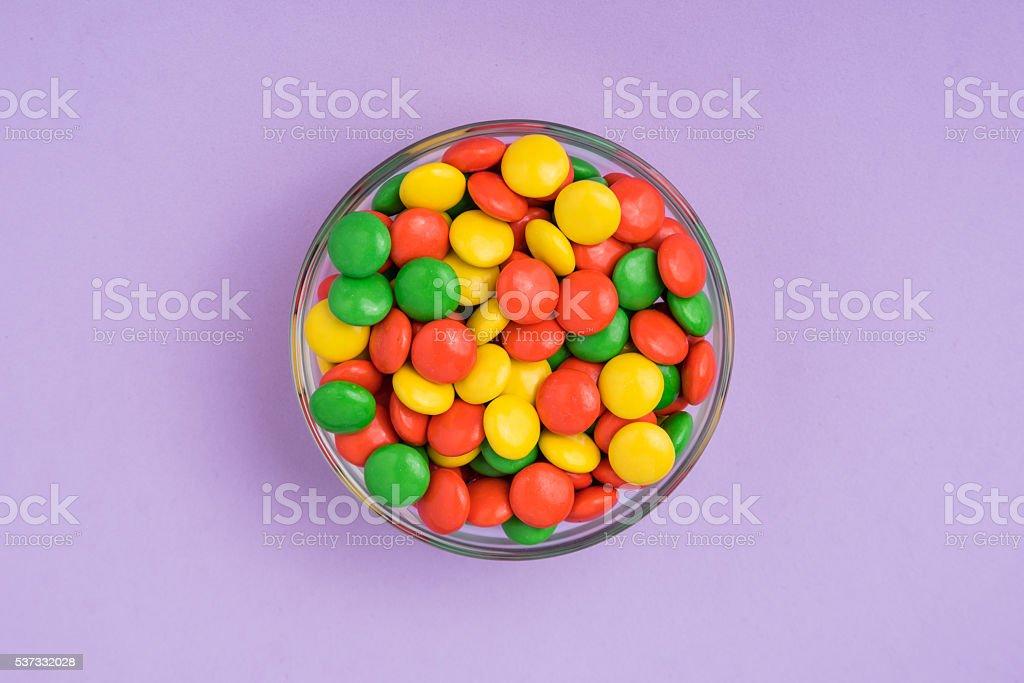 Orange, Gelb und Grün – Schokolade Süßigkeiten – Foto