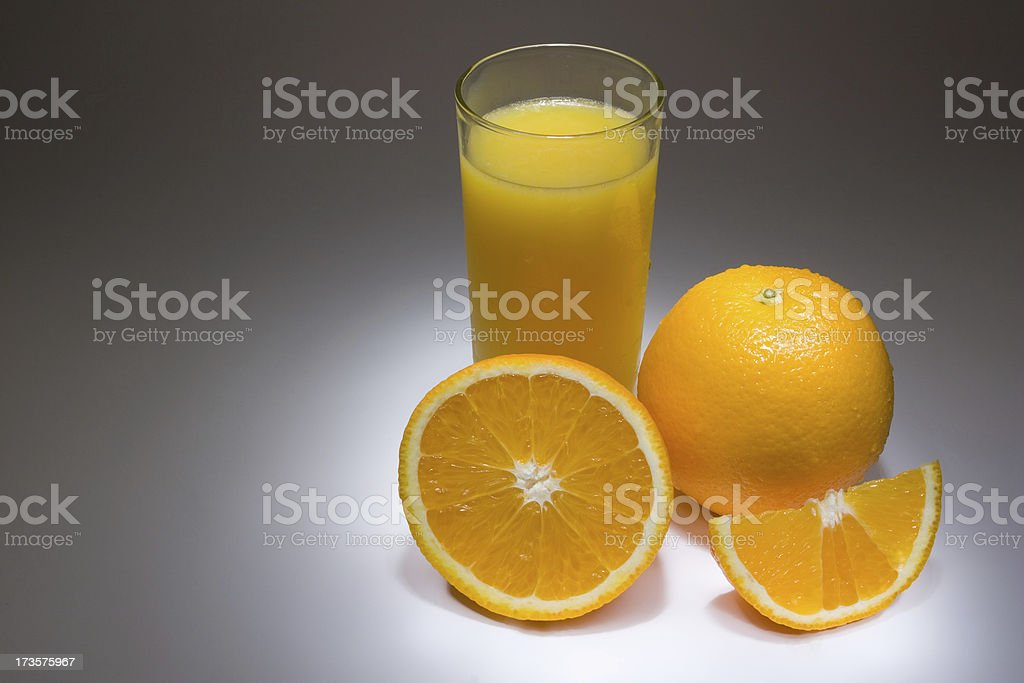 Orangen und Saft – Foto