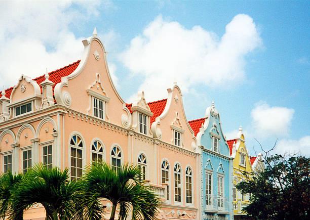 oranjestad, aruba: dutch colonial architecture - aruba stockfoto's en -beelden