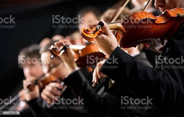 Orchester Abschnitt Ersten Violine Stockfoto und mehr Bilder von 2015