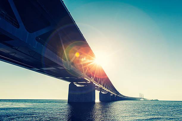 oresund bridge,oresunds bron, - öresund bildbanksfoton och bilder