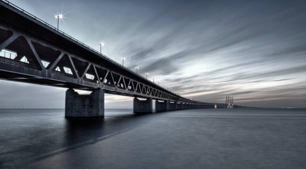 oresundsbron link bridge filtered - öresund bildbanksfoton och bilder