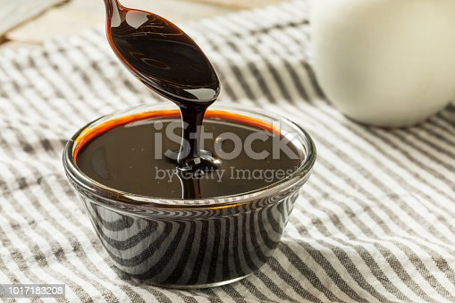 istock Organic Black Cane Sugar Molasses 1017183208