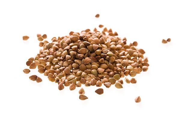 organic buckwheat isolated - boekweit stockfoto's en -beelden