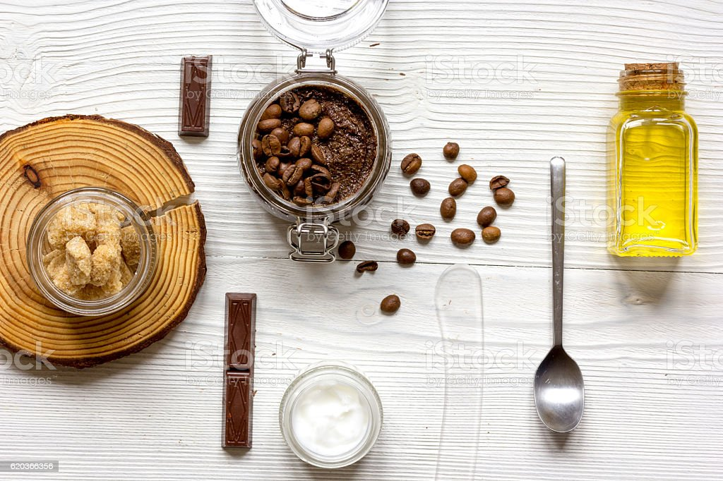 Organic cosmetics based on coffee top view wooden background zbiór zdjęć royalty-free