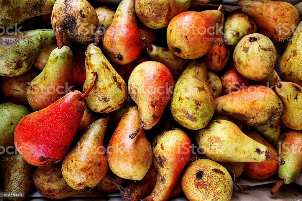 Organic fresh pears - foto de acervo