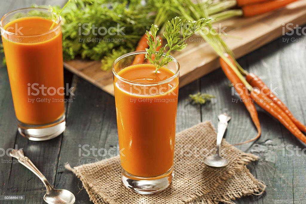 Bio Jus de carotte cru - Photo de Aliment libre de droits