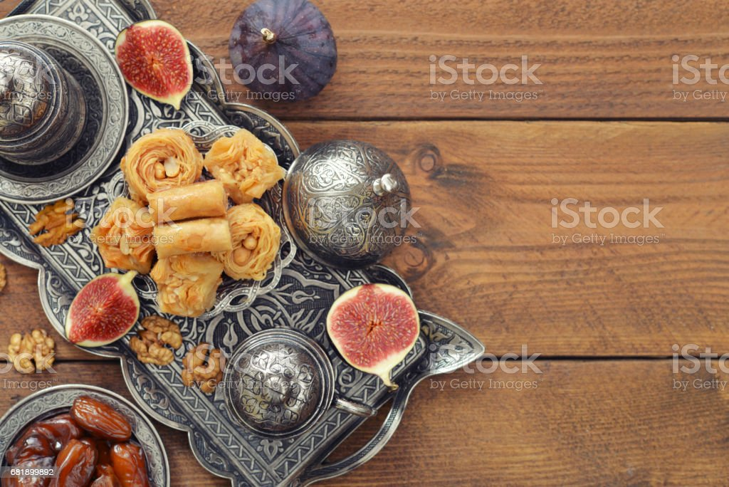 Oriental sweets with coffee stok fotoğrafı