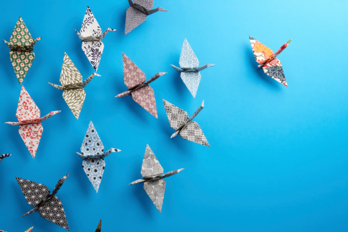 istock Origami birds 114166012