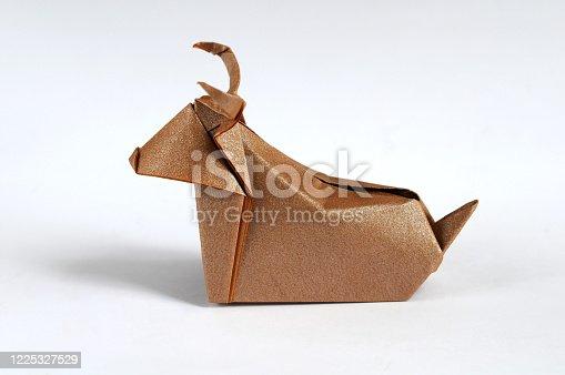 istock Origami Buffalo 1225327529