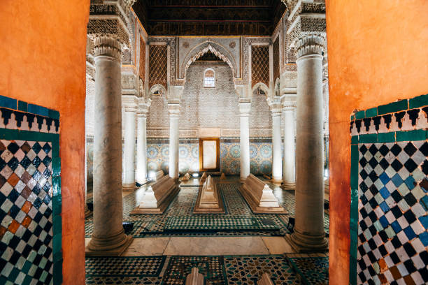 ornamental tiles at moroccan saadian tombs saadian tombs with decorative tiles at marrakech medina tomb stock pictures, royalty-free photos & images