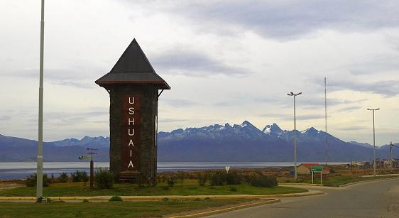 Osean Bergen En Grijze Hemel Ushuaia Argentinië Stockfoto en meer beelden van Argentinië