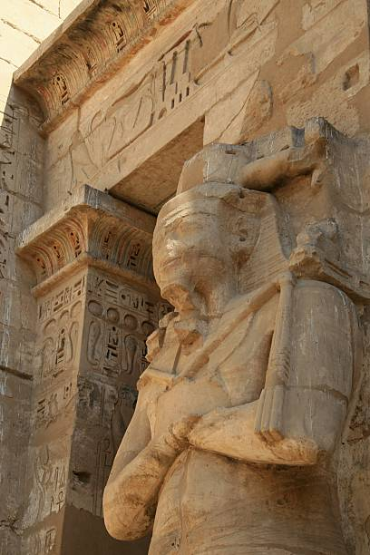 Osiride Statue of the King, Medinet Habu, Thebes, Egypt  Tomb Of Ramses III stock pictures, royalty-free photos & images