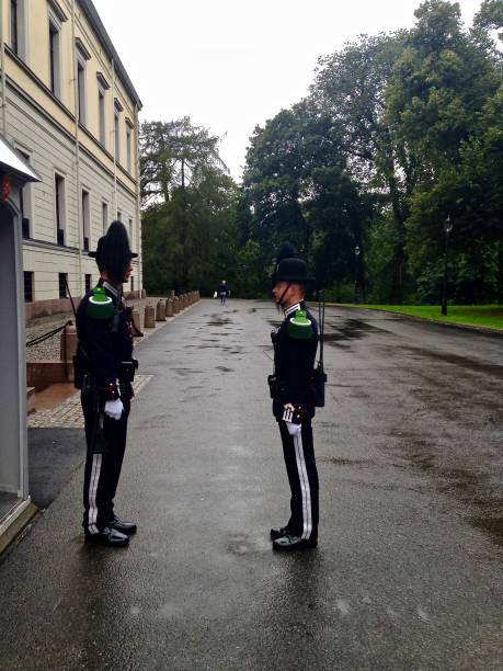 oslo palace guards - guard duty briefing - mcdermp stock photos and pictures
