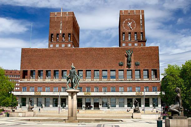 oslo rådhus - city hall - oslo city hall stockfoto's en -beelden