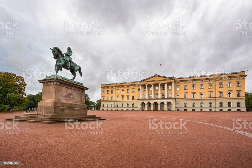 Palácio Real de Oslo foto de stock royalty-free