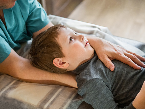 Osteopathy treatment for a child