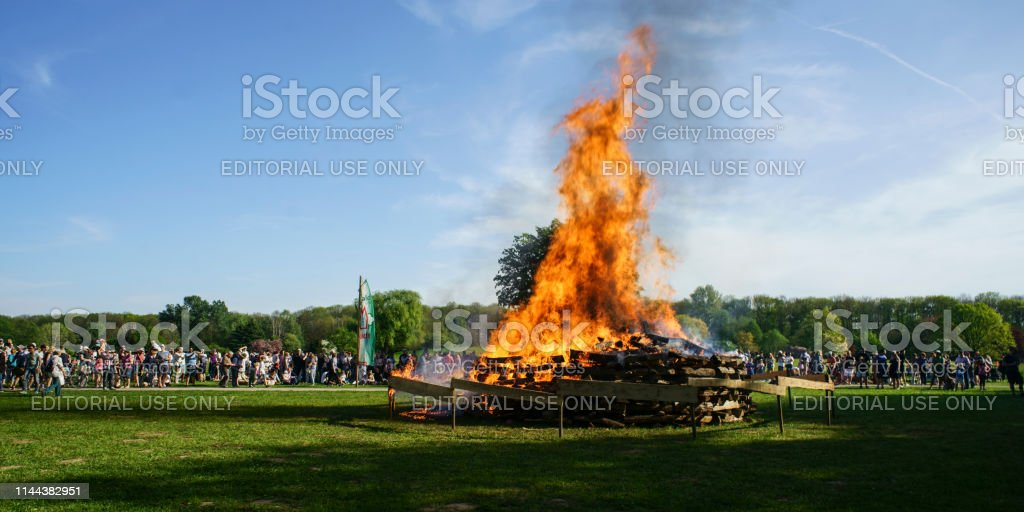 osterfeuer – Foto