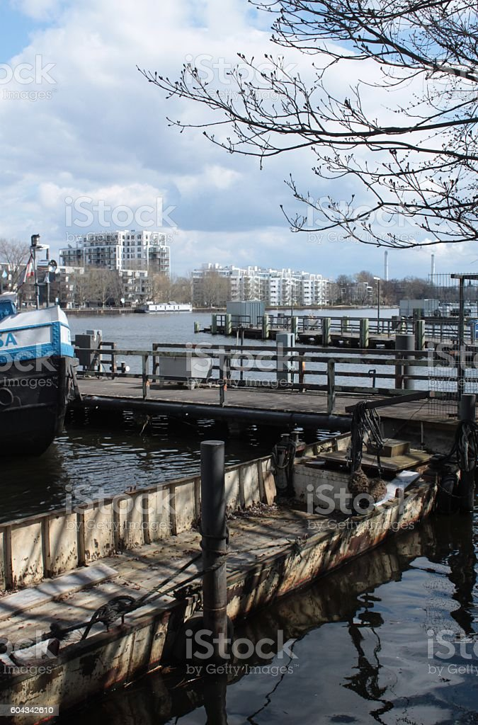 Osterspaziergang im Treptower Hafen stock photo