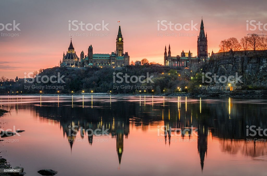 Ottawa río al atardecer - foto de stock