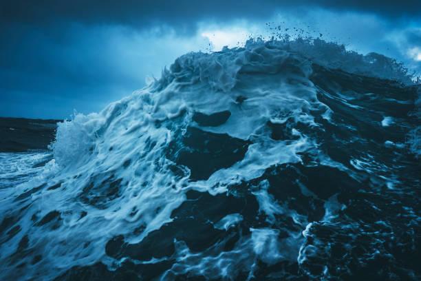 Dans une mer agitée du Nord - Photo
