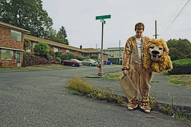 mascotte de travail - mascotte photos et images de collection