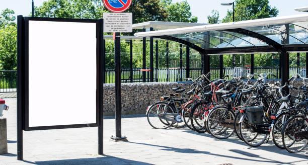 outdoor advertising billboard - fahrradhalter stock-fotos und bilder