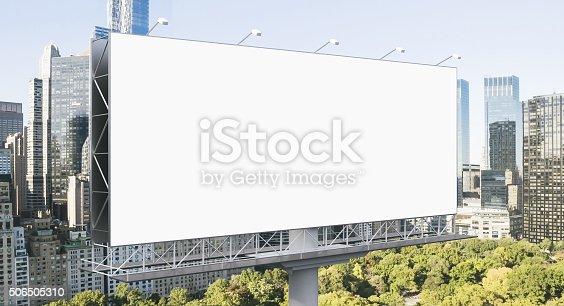istock Outdoor advertising 506505310